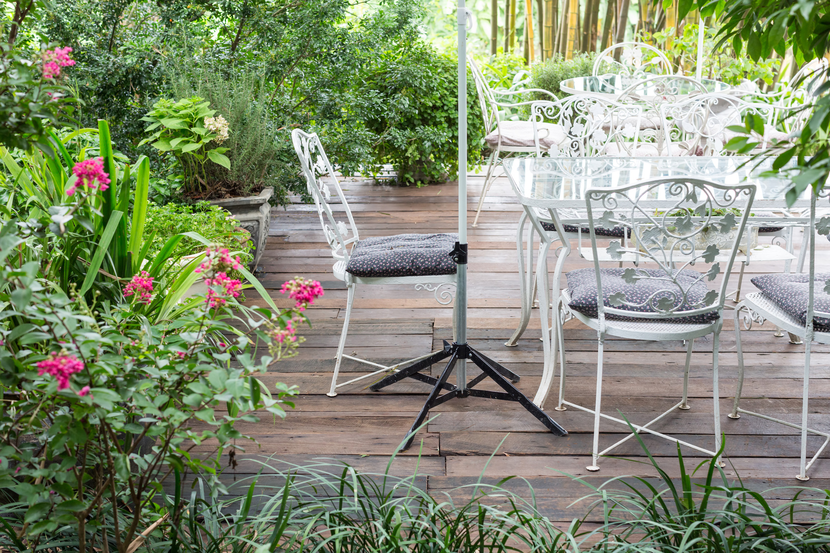Spend More Time on Your Porch This Spring